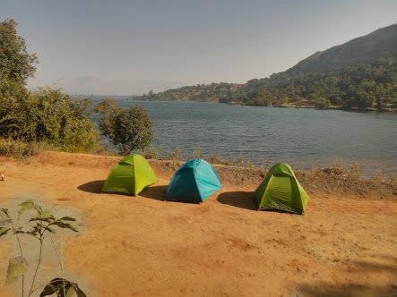 Image of camps at Bhandardara
